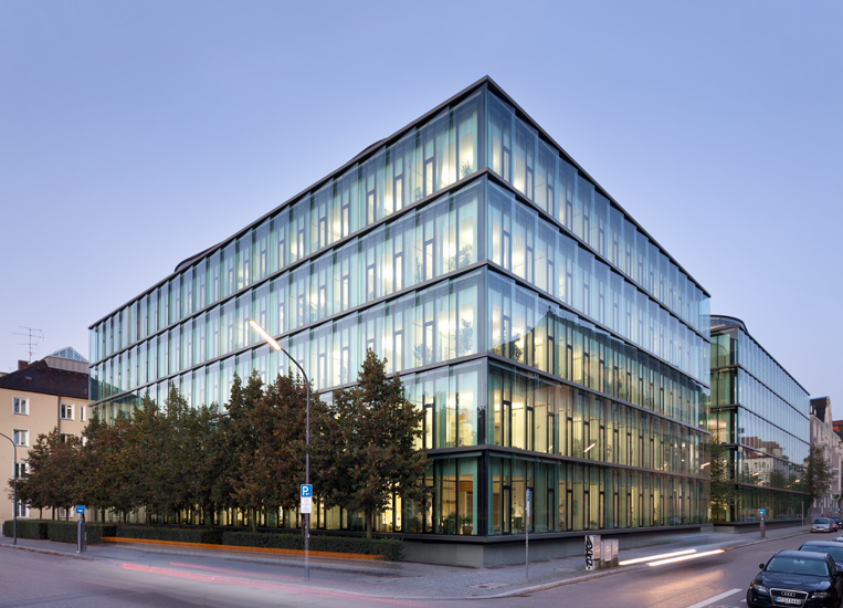 <b>client: </b>munich re &nbsp;I&nbsp; <b>project:</b> architectural photography head office