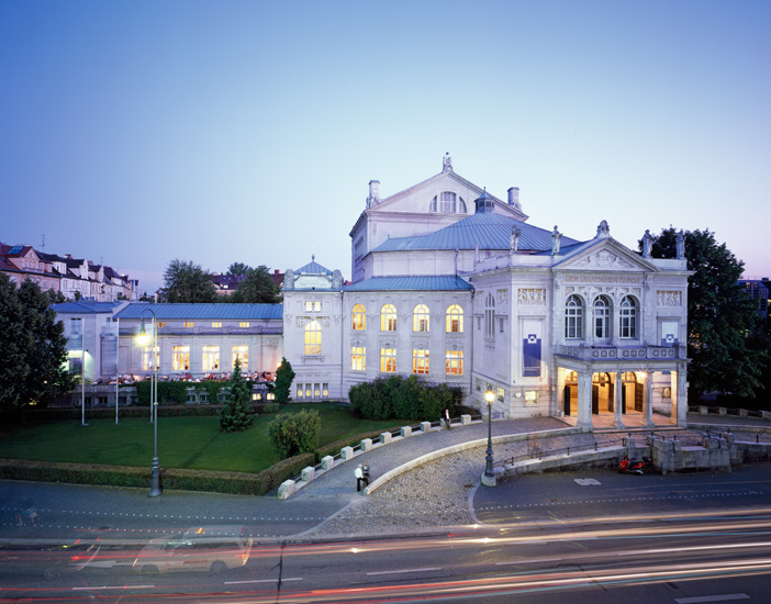 "staatliches hochbauamt &nbsp;I&nbsp; <b>project:</b> architectural photography ""prinzregententheater"""
