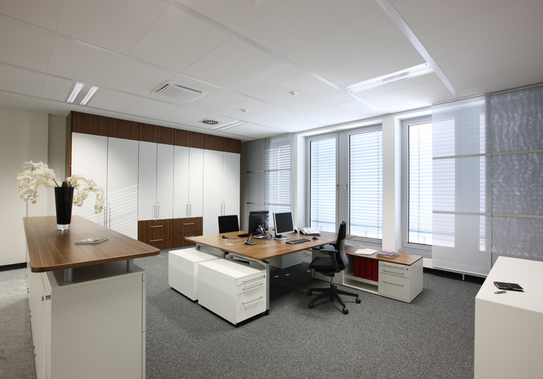 <b>client: </b>ophelis gmbh &nbsp;I&nbsp; <b>project:</b> interieur photography office furniture