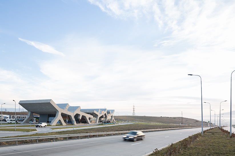 <b>kunde: </b>architect magazine &nbsp;&nbsp;<b>projekt: </b>raststation gori, georgien &nbsp;&nbsp;<b>architekt: </b>j. mayer h. architects